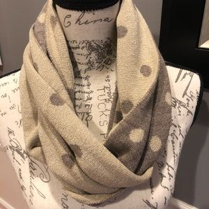 Tube Scarf taupe and cream